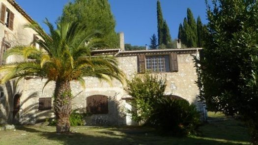 James_Baldwin's_house_in_Saint-Paul_de_Vence.v1.jpg