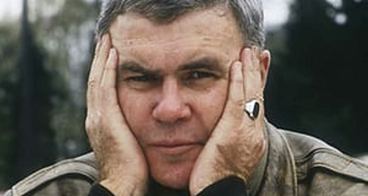 Today in Literary History - May 25, 1938 - Raymond Carver is born