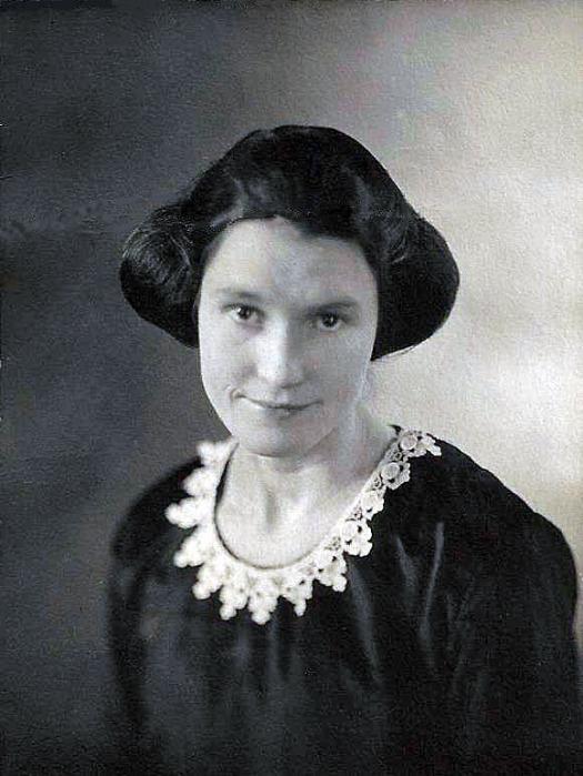 Edith Hamilton - age 21