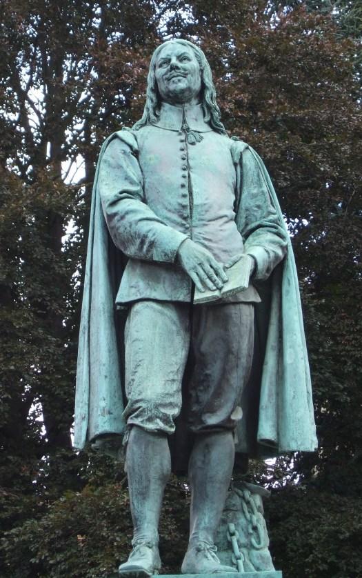 John-Bunyan-Bedford-statue.jpg